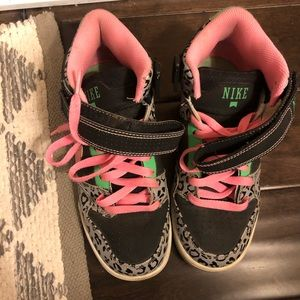 Nike Air Sneakers Womens Size 7